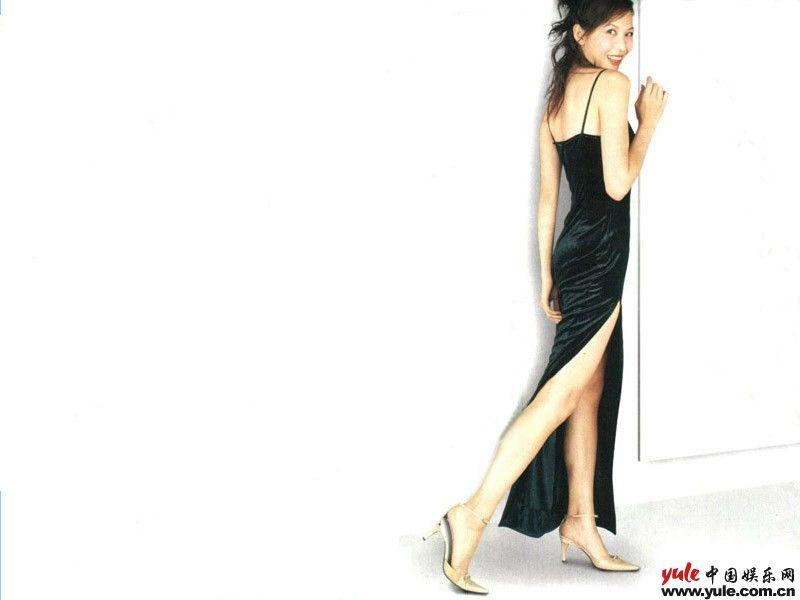 美体 减肥 瘦身 产品 美发 美容美体ppt模板
