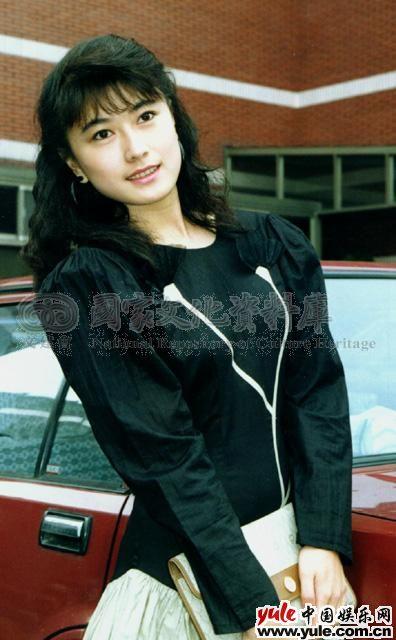 音乐资讯_戈伟如_明星档案_写真_图片_资料_照片_中国娱乐网