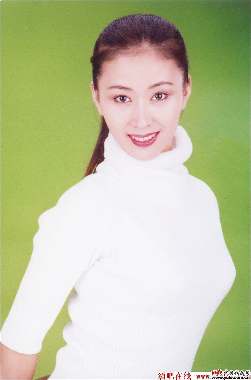 汤加丽人体全集_汤加丽_明星档案_写真_图片_资料_照片_中国娱乐网