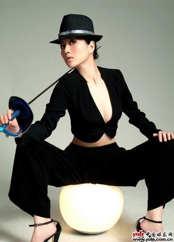 娱乐资讯_温峥嵘_明星档案_写真_图片_资料_照片_中国娱乐网