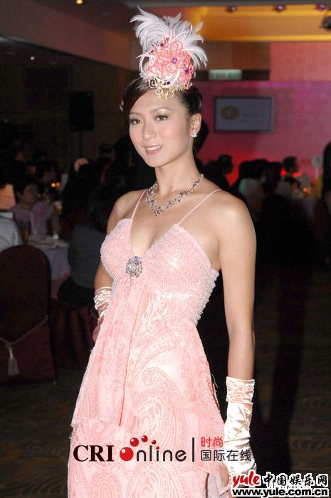 娱乐资讯_姚嘉妮_明星档案_写真_图片_资料_照片_中国娱乐网