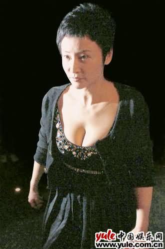 新闻资讯_于莉_明星档案_写真_图片_资料_照片_中国娱乐网