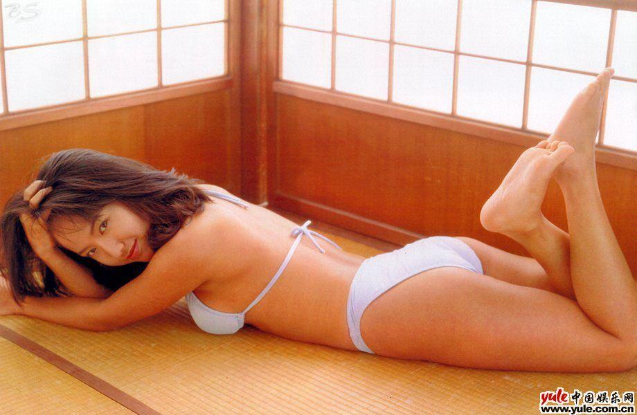 纱也香优子_求把这张图做成920×300像素的 急求 蟹各位大神