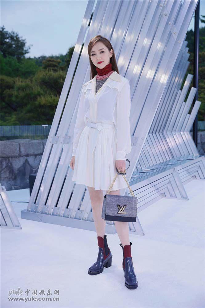 唐嫣造型简约时尚