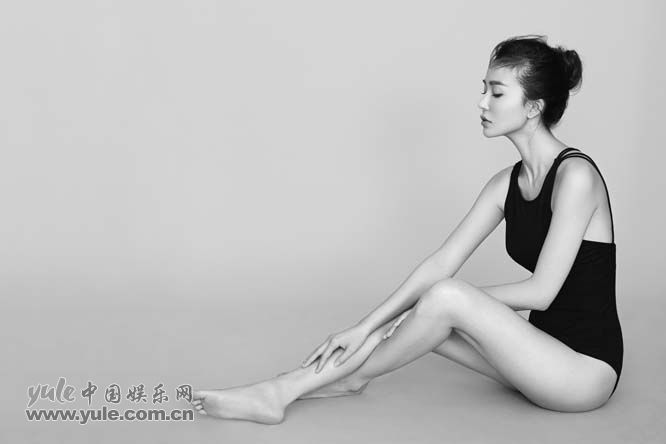 姚星彤优雅如芭蕾舞者