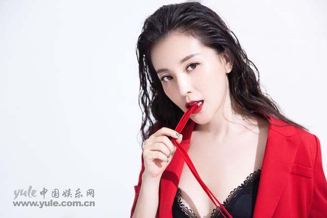 刘雨鑫最新写真