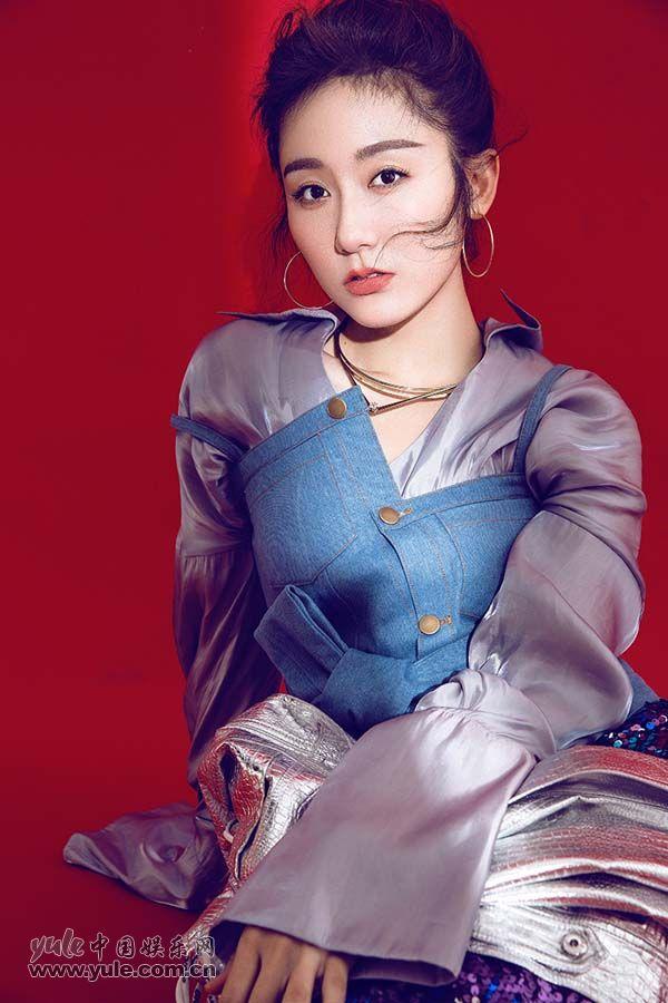 蒋方婷时尚酷感写真 (3)
