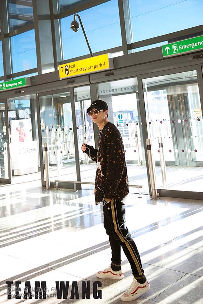 王嘉尔伦敦回国5