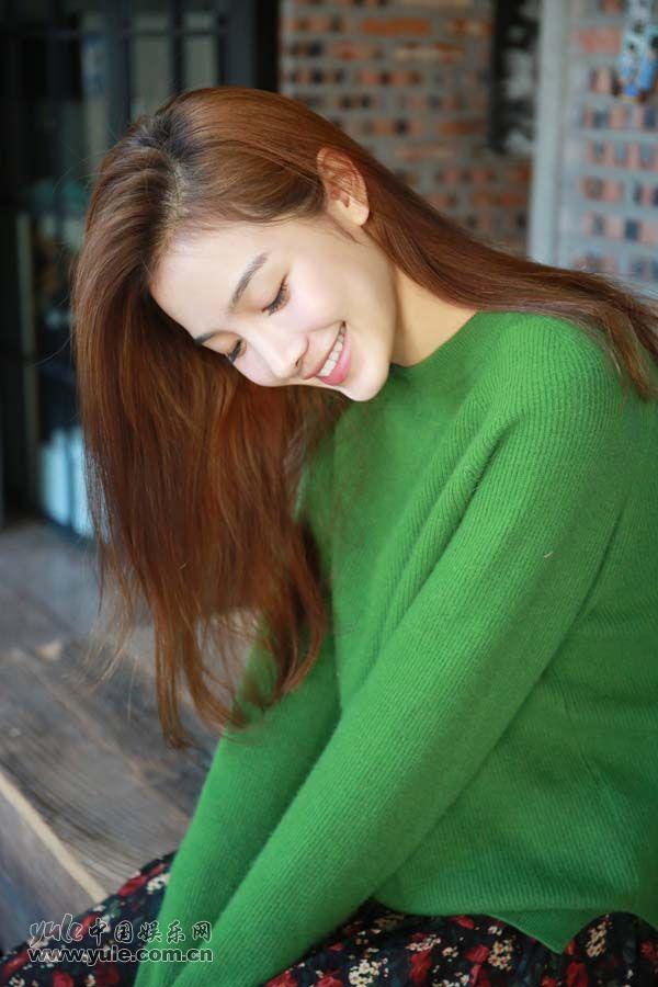 张南笑容甜美