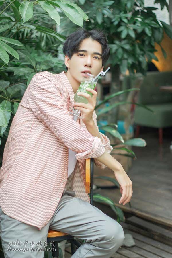 杨承翰  3