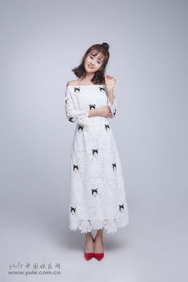 郑合惠子笑容甜美(1)