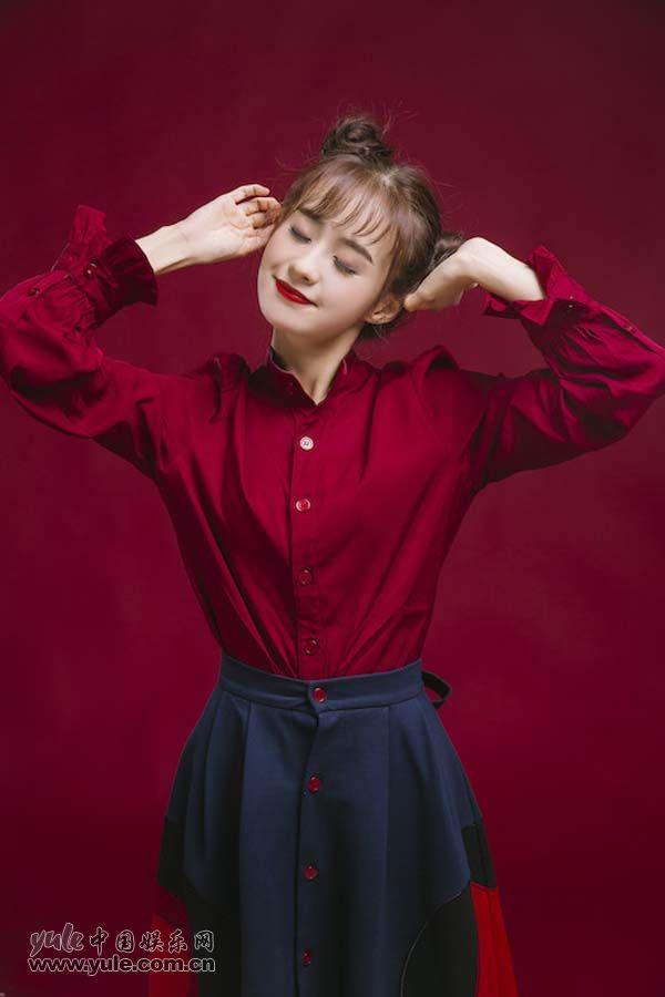 郑合惠子笑容甜美