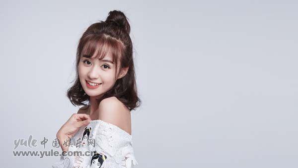 郑合惠子笑容阳光
