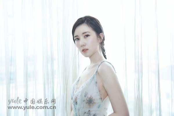 靳芊芊 反季节写真
