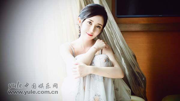 靳芊芊 冬日写真